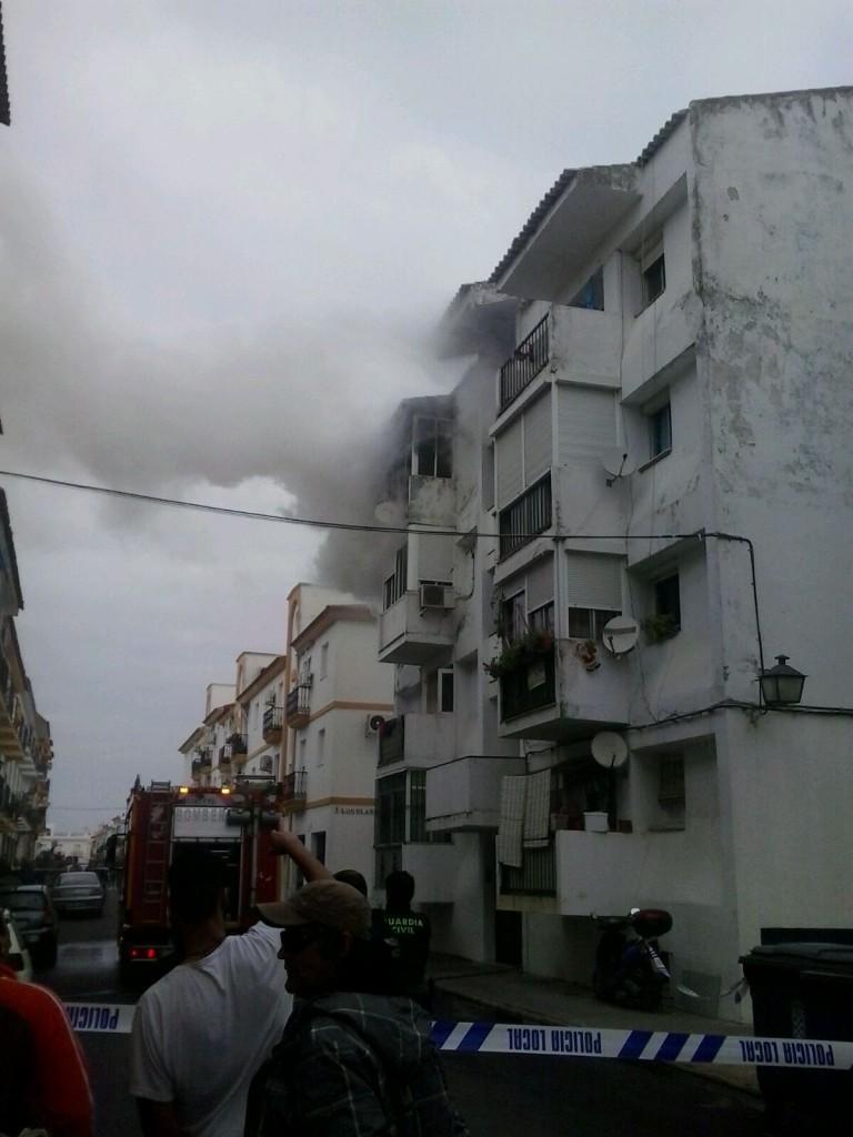 incendio en Moguer diciembre 2015 A2J